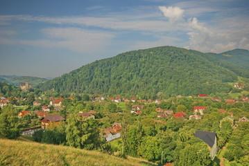 villaggio nella valle