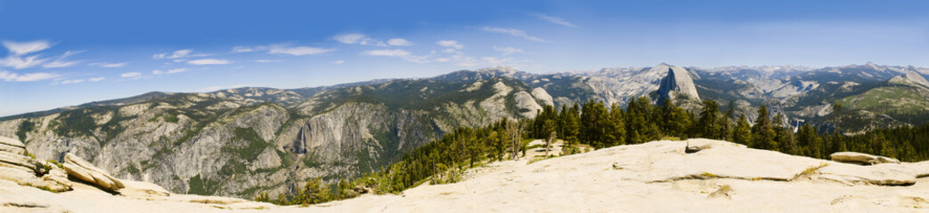 Panorama of Yosemite and the sierra Nevadas from Sentinal Dome