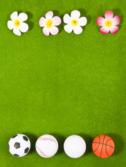 Four balls and four flowers
