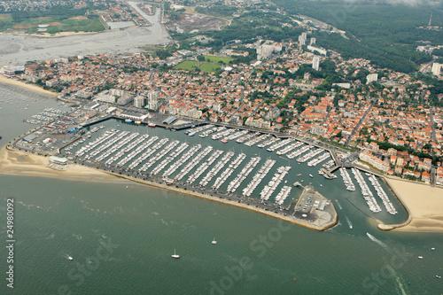 Vue a rienne du port de plaisance d 39 arcachon gironde 33 - Restaurant arcachon port de plaisance ...