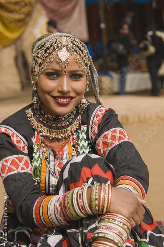 Fototapeten,tanzenfeiern,weiblich,indien,schönheit