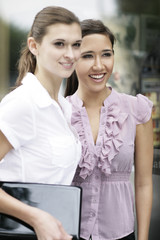 Business Frauen online draussen
