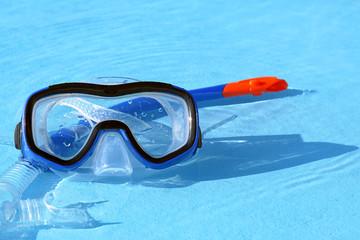 Taucherbrille und Schnorchel