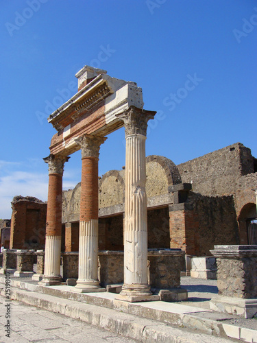 Columns of Pompeii forum