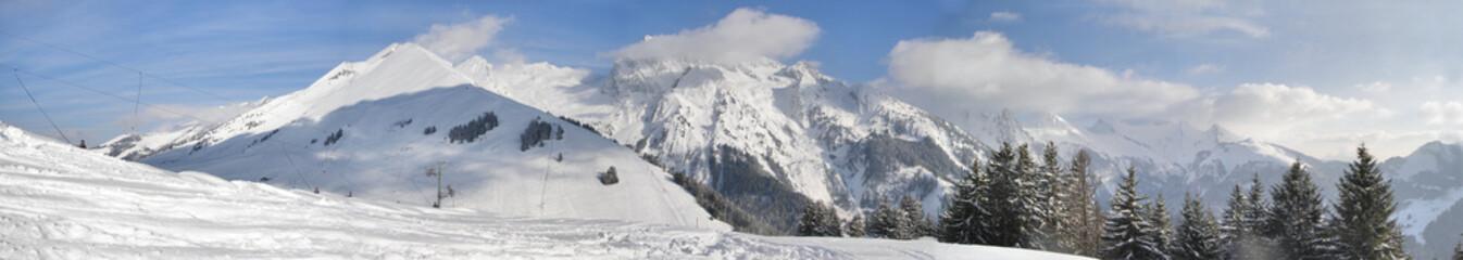 Panorama Alpes hiver neige ski savoie