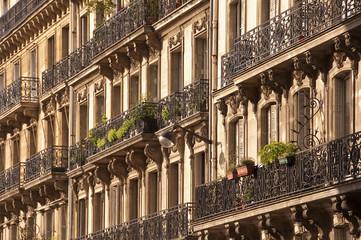 Immeuble hausmannien à Paris - France