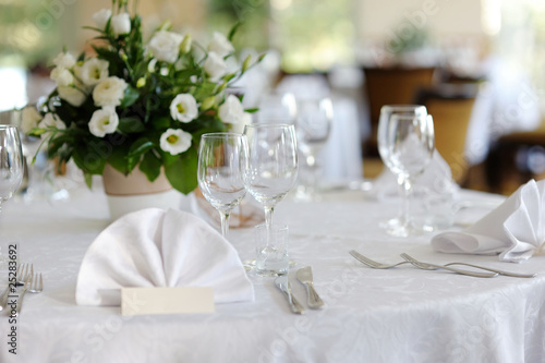 Table set for an event party or wedding - 25283692