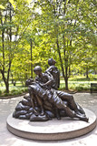 Memorial statues to Vietnam war Women Nurse