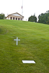 tomb of Robert Kennedy in Arlington National Cemetery