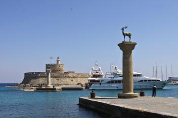 Hafeneinfahrt von Rhodos