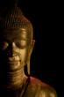 bouddha statue fond noir