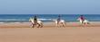 ballade de chevaux sur la plage - 25389887