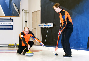 Curling deliver