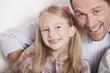 Deutschland, Porträt von Vater und Tochter, Portrait, close-up