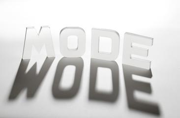 concept mot mode ombre et lumière