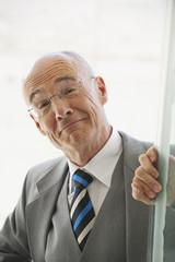 Seniorin Geschäftsfrau lächeln, Porträt