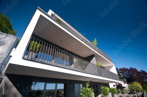 modernes Haus © Loocid GmbH