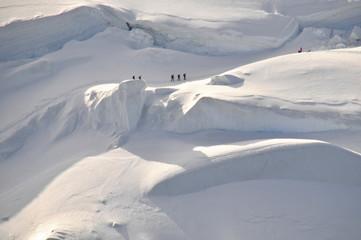massif du mont blanc vue aérienne