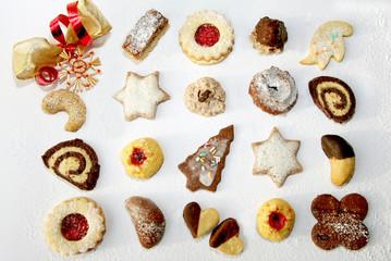 Plätzchensortiment - Assortes Cookies