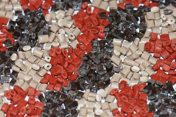 braune Kunststoffgranulate