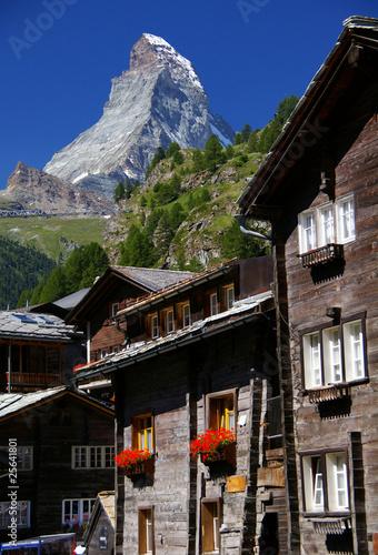 Leinwanddruck Bild Historisch und Mondän - Zermatt-Matterhorn