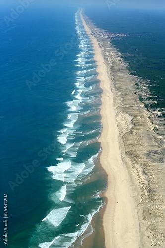 Vue aérienne de l'océan atlantique, gironde, aquitaine, france