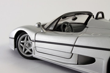 Modellino di auto