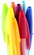 capuchons de stylos à bille colorés, fond blanc
