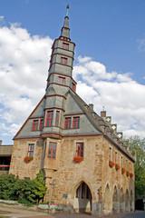 Korbach: Rathaus (1377) mit Treppenturm (Hessen)