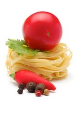 Tagliatelle, tomatoes, spices, parsley, chili pepper.