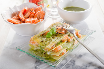 lasagne with shrimp & pesto-lasagne gamberi pesto