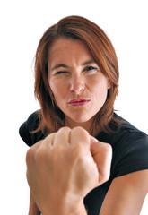Femme battante et déterminée qui gagne