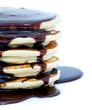 Coulis de chocolat sur pancakes