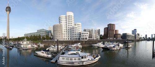 Medienhafen Düsseldorf - 25827862