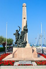 Hafendenkmal, Bardolino, Gardasee