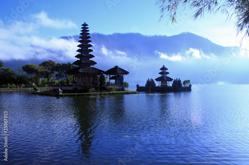 Foto op Plexiglas Indonesië View at Batur Lake Bali Indonesia