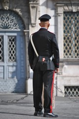 Carabiniere in uniforme