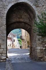 village de Quinson 4
