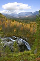 Falls among the northern mountains