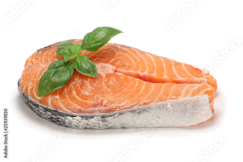 Salmon cutlet with basil