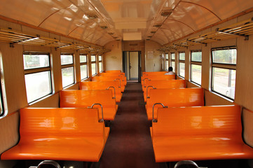 Пустой вагон электропоезда
