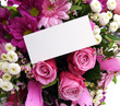 Blumenstrauß mit schild