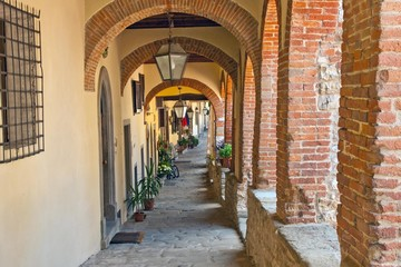 Portici Toscani