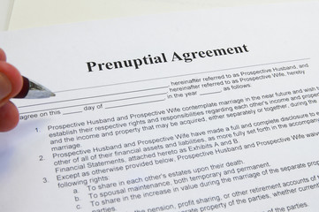 signing a prenuptial marriage contract