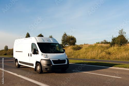 White van - 26039006