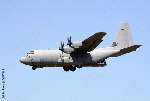 Photo sur Plexiglas Avion à Moteur C-130 cargo plane