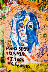 Muro de John Lennon (Praga) - Retrato (Toma 2)