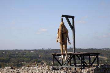 Dead hangmen