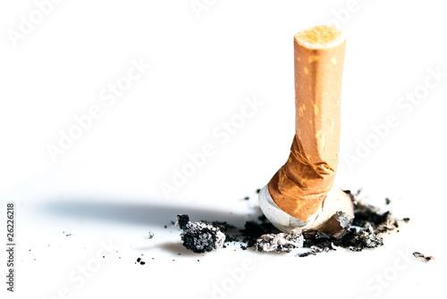 Zigarettenstummel ausgedrückt V1
