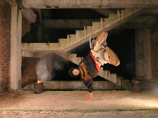 hip-hop dancer in fly